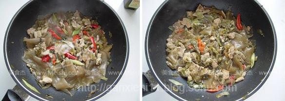 酸菜猪肉炖粉皮怎么做