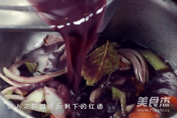 红酒烩鸡的制作方法